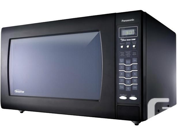 Panasonic 2.2 cu ft Inverter Genius - black