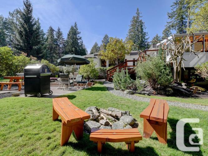 Park-like acreage 4 bedroom family estate home