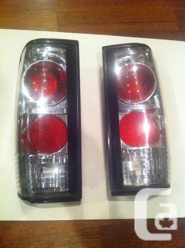 Custom Tail Light Lenses : Parting out gmc s jimmy custom tail light lens