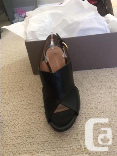 Pascal Crisscross Leather Sandals BCBGMAXAZRIA