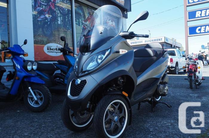 PIAGGIO*** MP3 Sport gas Scooter** for sale in Nanaimo, British