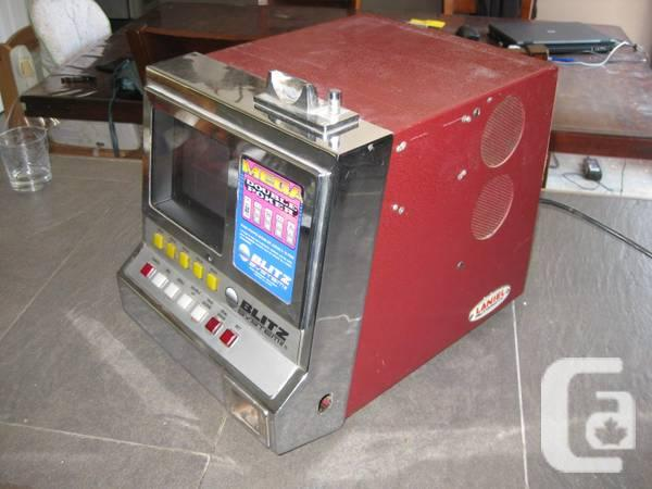 Poker Blitz Mega Double arcade machine videopoker -