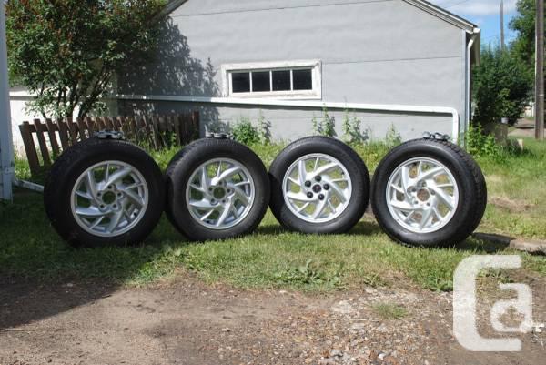 Pontiac activity wheels & wheels - $600