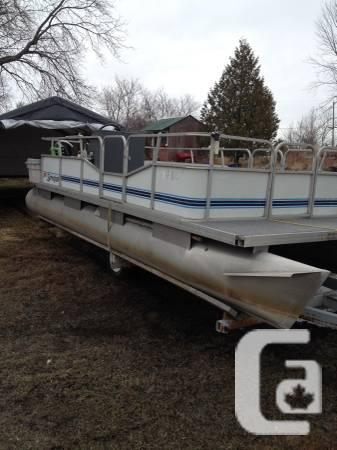 Pontoon boat for sale - $5000