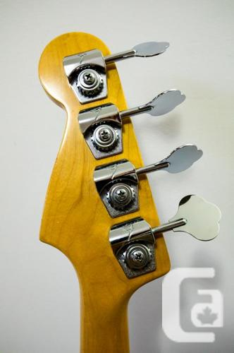 Pro Quality Fender Jazz Bass, Made in U.S.A.,