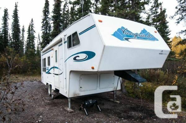 Promoting 2001 Vanguard fifth-wheel - $9000
