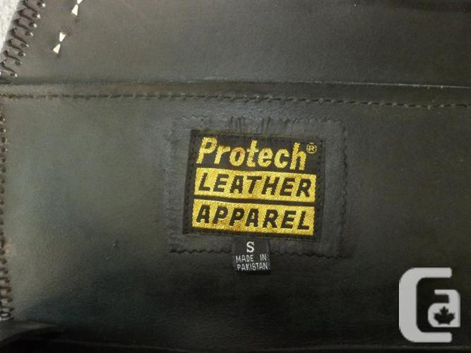Protech Black Leather Saddlebag