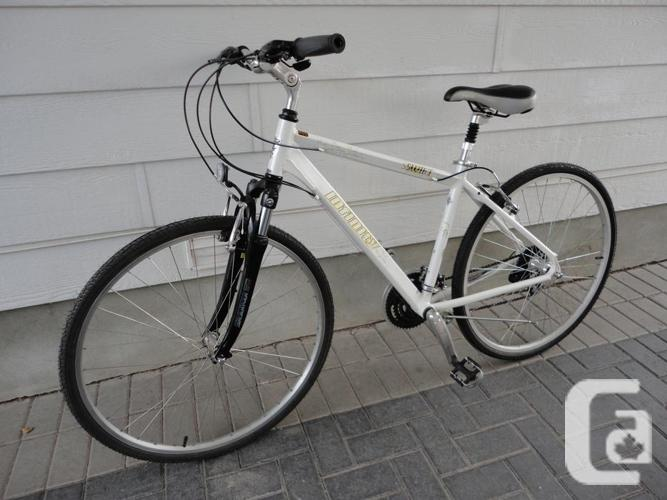 Quality Adult 24 Speed Hybrid With Front Suspension!