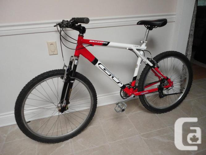 Quality GT Adult Size 24 Speed Mountain Bike!