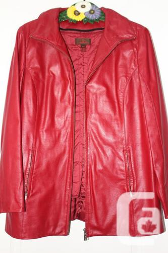Reddish leather coat - Manteau de rouge
