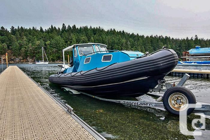 REDUCED Zodiac 733 New custom build with cabin and G2