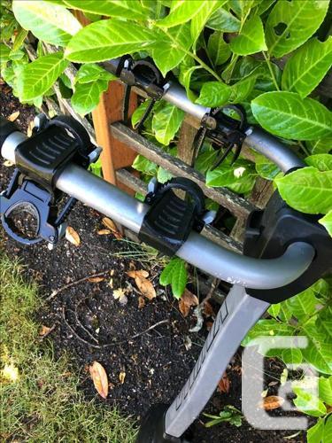 Road Bike  plus Yakim a rack buy both for $400