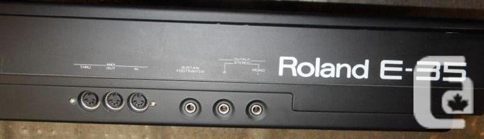 Roland E-35 Intelligent Synthesizer Keyboard