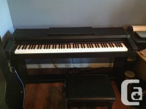 ██Roland HP 1500 Digital Piano