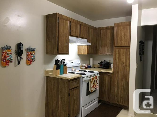 Room Rental (Country Club Area)