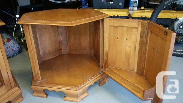 Roxton maple solid wood end tables