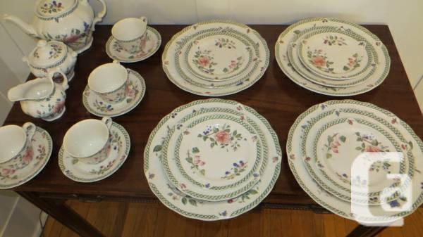 ROYAL DOULTON Victorian Garden Everyday china set - & ROYAL DOULTON Victorian Garden Everyday china set - for sale in ...