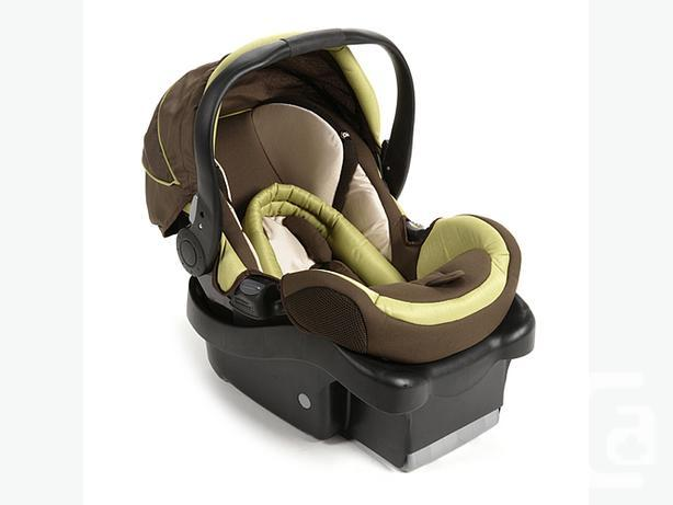 Safety First Infant Car Seat 2 Bases