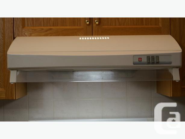 Sakura - Range Hood Fan - high CFM and efficiency - Model R767 for ...