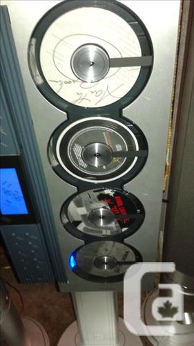 SANYO ALL TOWER STERIO PARTS,4 C D PLAYER/AM/FM/RADIO in Nanaimo, British  Columbia for sale