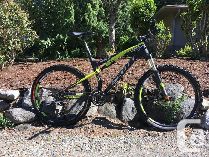 Scott Spark 30 Full-Suspension Mountain Bike in Sidney, British Columbia  for sale