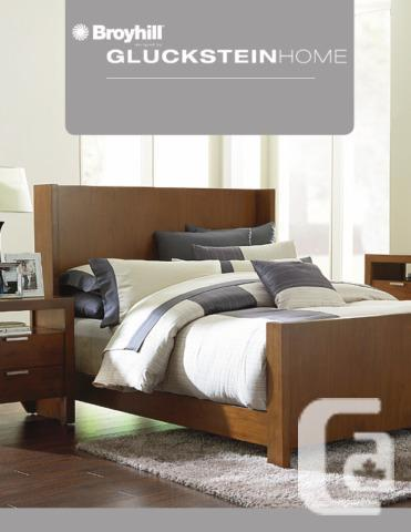 SEARS QUEEN BED SET - 5 Piece (Hudson Bay) with
