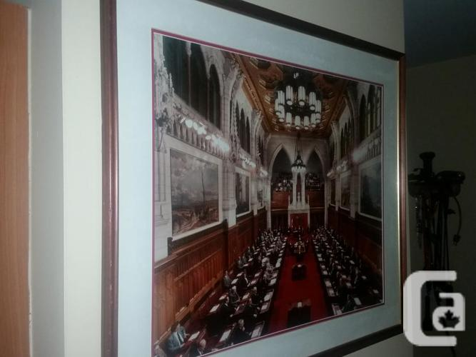 SENATE OF CANADA authentic picture. best offer.