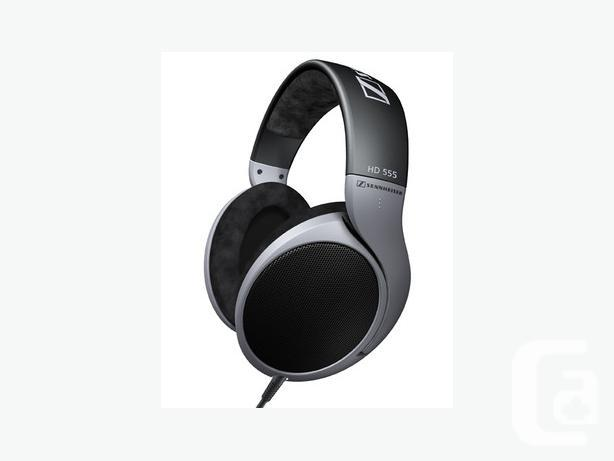 Sennheiser HD 555 open dynamic stereo headphones