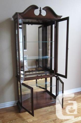 Show Case Cabinet with Glass Shelving, Mirrors and