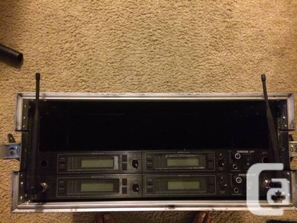 SHURE U4D UA TWIN UHF RADIO - 00