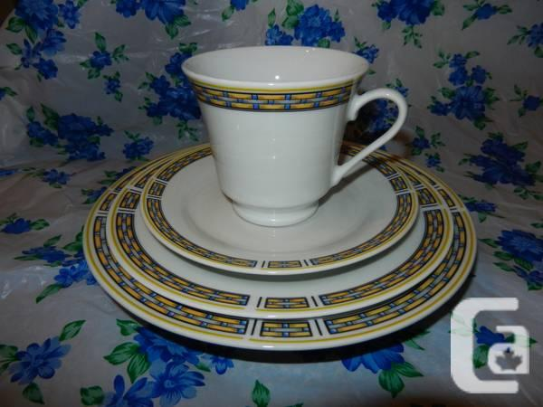 Six ware sets: dinner plate, soup bowl, cup&saucer,