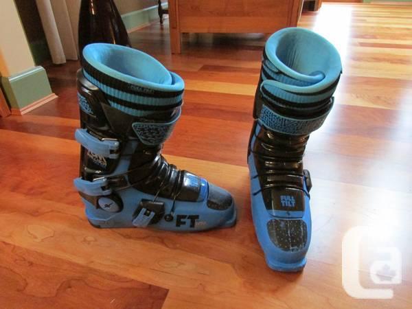 Ski Boots: Hot Dogger by Tom Wallisch FULL TILTS - $200