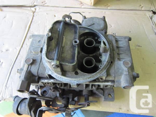 Small block Chevy Aluminum Intake Manifold and Holley