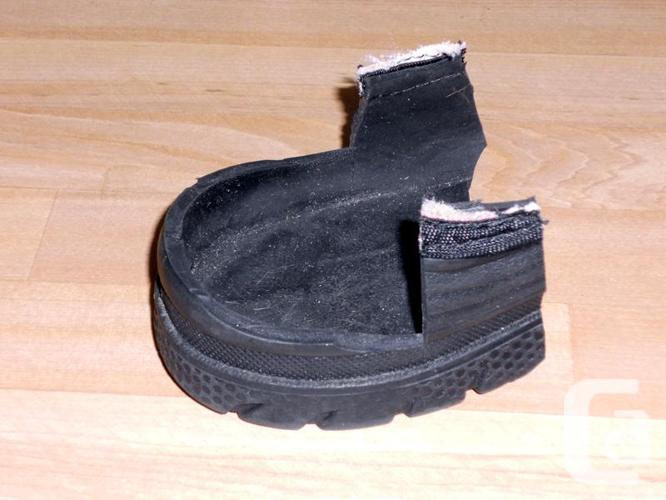 Small Horse/Donkey Defensive Hoof Boot