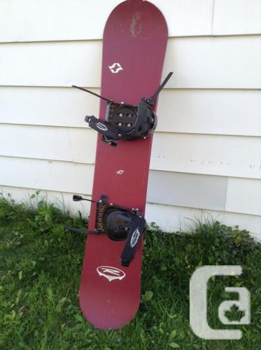 """Snowboard en tres bon etat 55"""""""