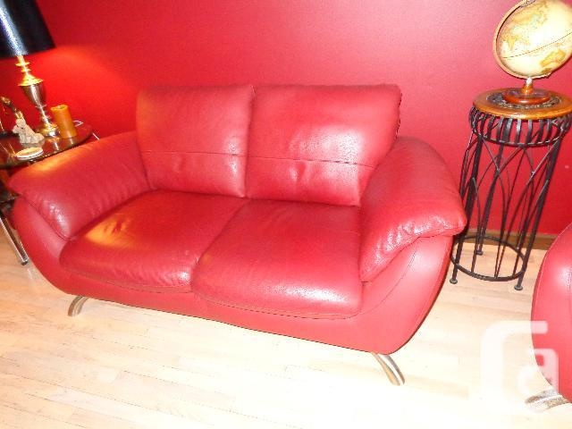Sofa and love seat for sale in victoria british columbia for Couch sofa for sale bc
