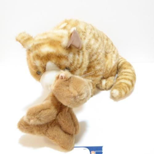 SOFT & CUDDLY LARGE MAMA CAT WITH BABY KITTEN -- MINT