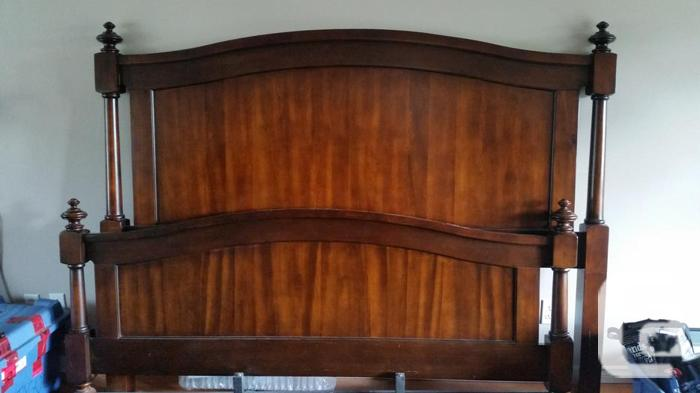Solid Cherry King Sized 8 Piece Bedroom Set For Sale