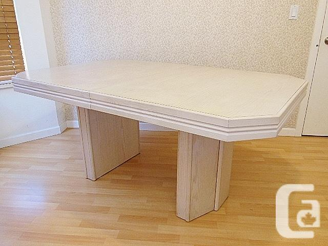 Solid Oak Extendable Table - White Stained Oak