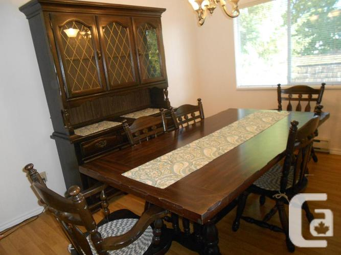 Solid wood dining room suite for sale in duncan british for Dining room suites for sale
