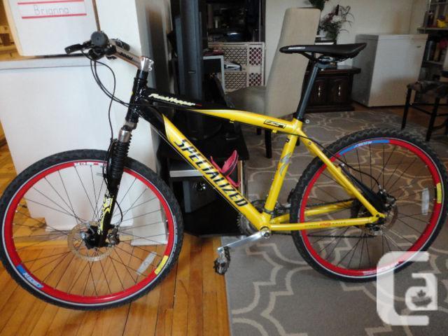 SPECIALIZED ROCKHOPPER PRO 27 Speed Mountain Bike!