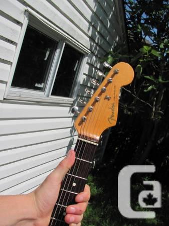 Stratocaster - JOHN MAYER SIGNATURE - $1800