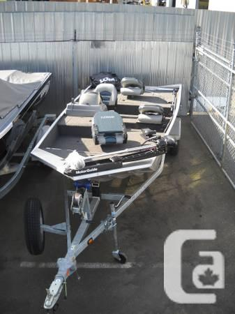 STRYKER 16 BASS BOAT W/30HP AND TROLLING MOTOR - $12900