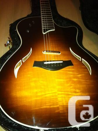 Taylor T5-S1 Hollowbody 6-Chain Guitar - $1200