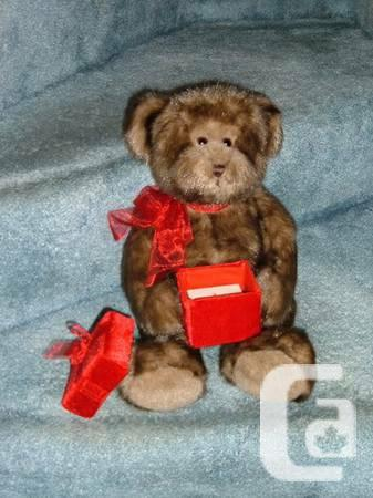 TEDDY BEAR - GIFT PACKAGE - COMPLETELY NEW - $20