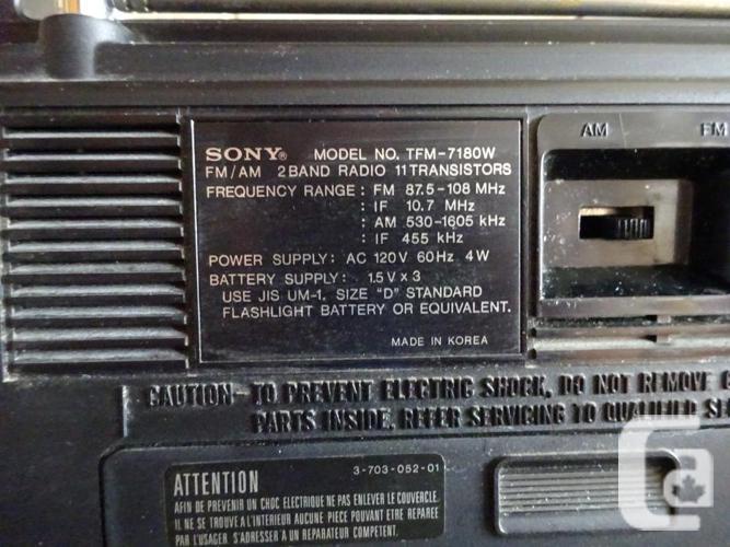 TFM -7180W AM radio