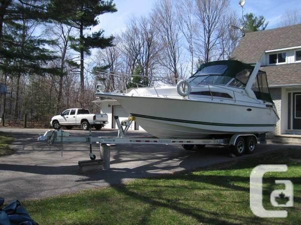 thundercraft 260 express cruiser - $18900
