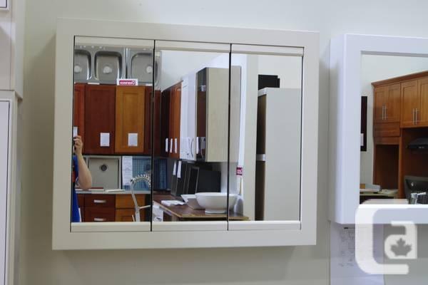 Toilet Tri-View Mirror Case (36
