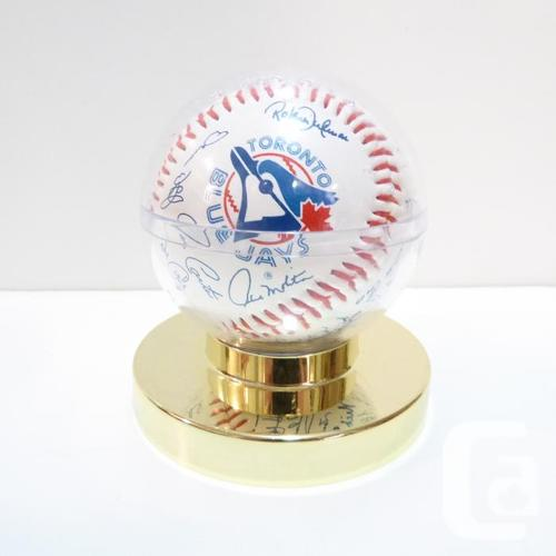 TORONTO BLUE JAYS etc. VINTAGE MEMORABILIA COLLECTION -