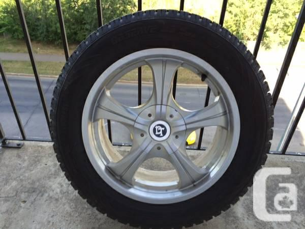 Toyo View GSi 5 wheels on metal wheels - $850